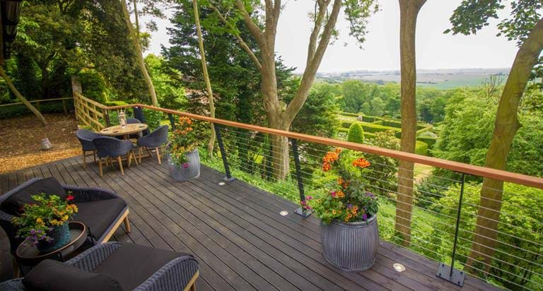 Your Private Balcony With A Stunning View At Tiger Lodge Port Lympne Reserve
