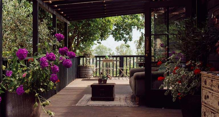 Tiger Lodge Short Breaks - Sleep Next To The Tigers | The Aspinall